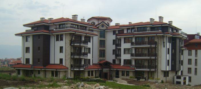 """Жилищна сграда """"Трите еделвайса"""" в имот No 013034, м. Грамадето, гр. Банско"""